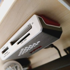 Download free 3D printer templates Kingston FCR-SH4 card reader holder, kryvian