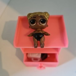 119449644_319982269422201_5314578882822378512_n.jpg Télécharger fichier STL Table à langer LOL Baby-Doll • Modèle pour imprimante 3D, dasding-1