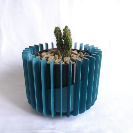 Download free 3D printing templates Self-watering plant pot, dca_prints