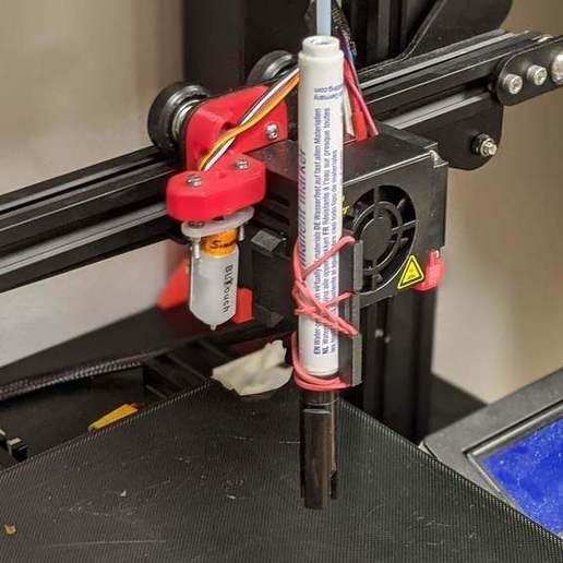 Télécharger modèle 3D gratuit Porte-plume Ender 3 avec BLTouch, maxsiebenschlaefer13