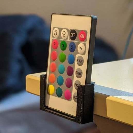 Télécharger fichier STL gratuit Détenteur d'une télécommande • Design imprimable en 3D, maxsiebenschlaefer13