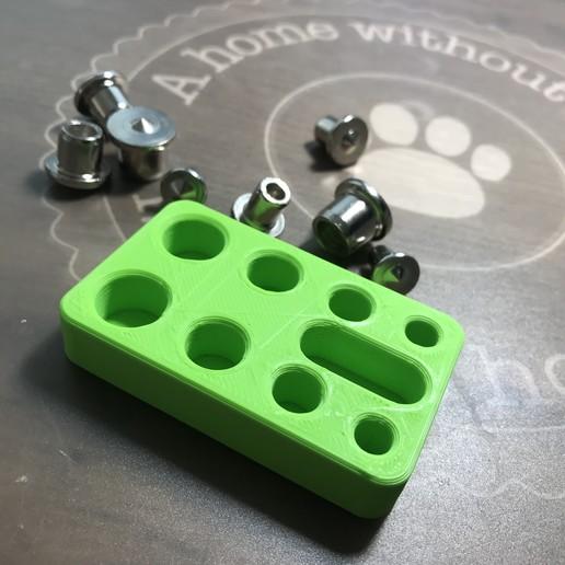 Download free STL file Dowel pins center point holder • 3D print template, Jdjxj_Hsxjxh