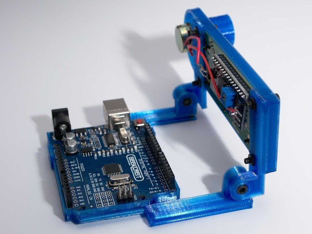 DSC_0034.jpg Download free STL file Arduino Uno Slider w/ 2x16 LCD • Design to 3D print, NHiggs
