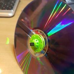 16265728_10211879489045965_9174966566580916866_n.jpg Download SCAD file Lego shaft CD wheel • Design to 3D print, roboter2