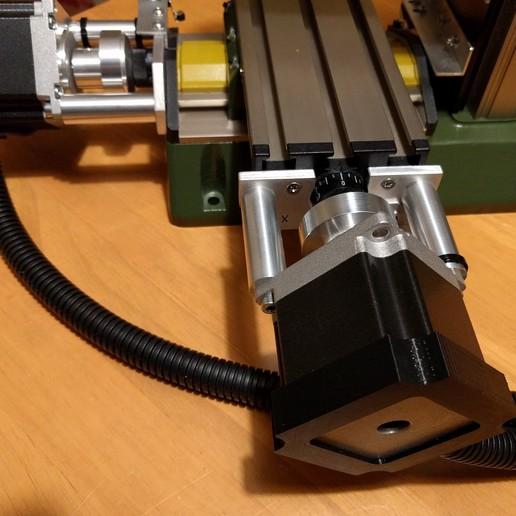 nema_23_cap1_01.jpg Télécharger fichier STL gratuit Capuchon NEMA 23 pour conduit de câble / gaine de 16 mm • Design pour impression 3D, peaberry