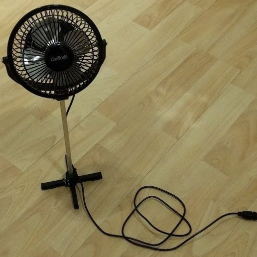 """Télécharger fichier STL gratuit Conversion d'un ventilateur de bureau de 4"""" en ventilateur sur pied USB • Objet à imprimer en 3D, peaberry"""