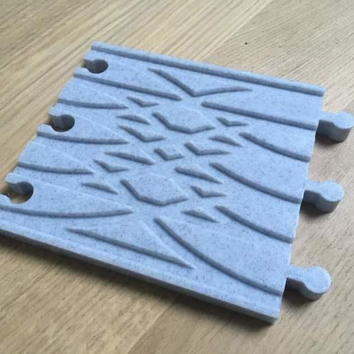 IMG_2623.jpg Télécharger fichier STL gratuit Aiguillage et croisement 3 voies pour train en bois (Brio, Ikea ...) • Modèle pour impression 3D, Locorico