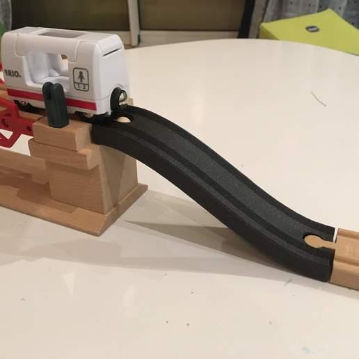 Télécharger fichier STL gratuit Piste montante en bois 144mm (Brio / Ikea ...) • Objet imprimable en 3D, Locorico