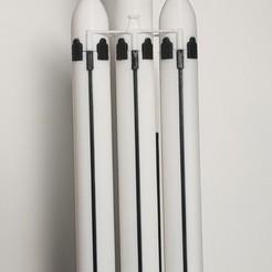 Télécharger modèle 3D gratuit Falcon Heavy Scale 1:200 ( Multi parts ), Kmobrain