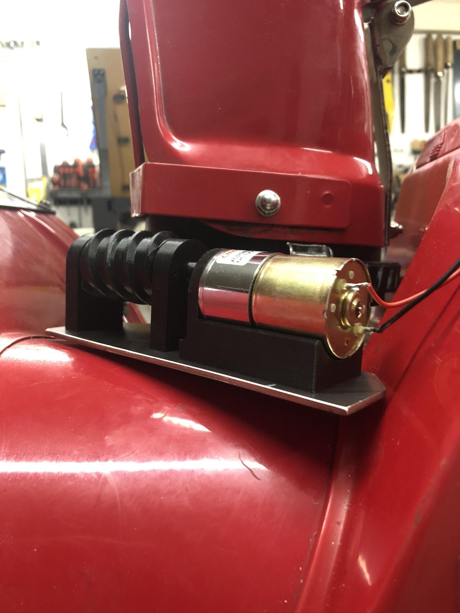 IMG_2885.JPEG Télécharger fichier 3MF gratuit Honda HS 622 / HS 655 / Schneefräse elektrische Kaminverstellung / support de goulotte sur mesure pour souffleuse à neige • Plan pour impression 3D, ohrenstoepsel