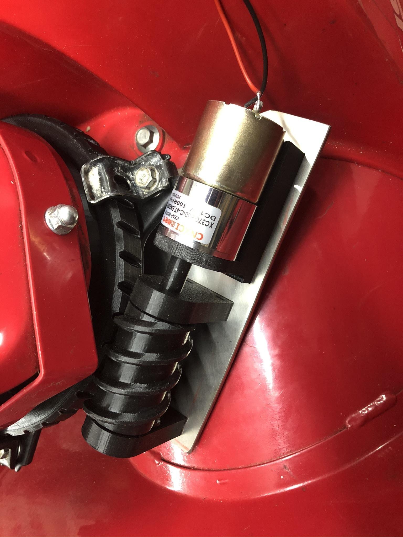 IMG_2884.JPEG Télécharger fichier 3MF gratuit Honda HS 622 / HS 655 / Schneefräse elektrische Kaminverstellung / support de goulotte sur mesure pour souffleuse à neige • Plan pour impression 3D, ohrenstoepsel