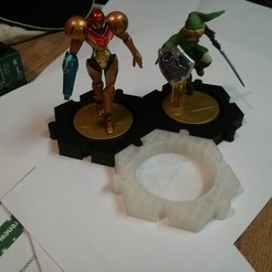 IMG_20141214_141809.jpg Download free STL file Amiibo figure stand • 3D printing object, loclhst