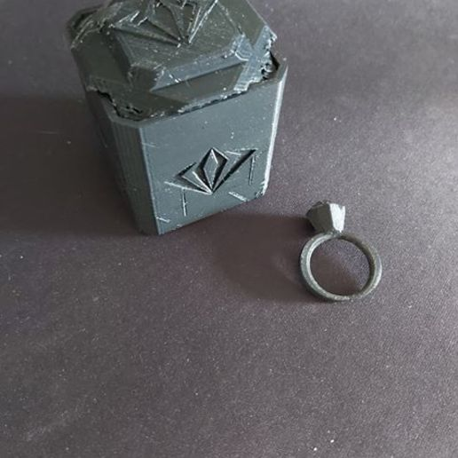 103789794_903227106828609_3895841612054574958_n.jpg Download free STL file #ANYCUBIC3D ring+custom box • Object to 3D print, paul02duquenne