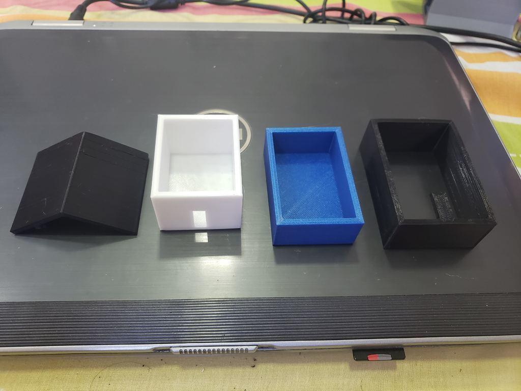 20200531_155158.jpg Télécharger fichier STL gratuit Mini maison de jouets avec piscine • Modèle pour imprimante 3D, fribeiro77
