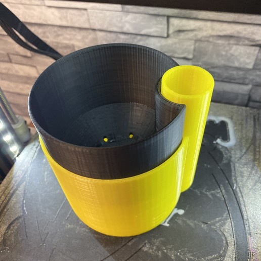 Download free 3D printer model Self-Watering Planter (Small), parallelgoods