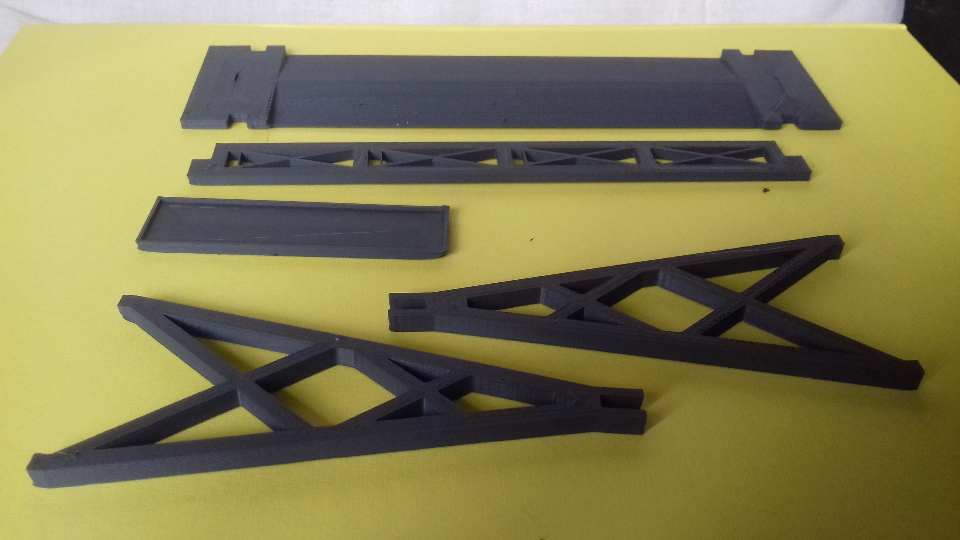 20180828_163235.jpg Download free STL file Gaslands Simple Gantry Gate • 3D printer model, Wrecker