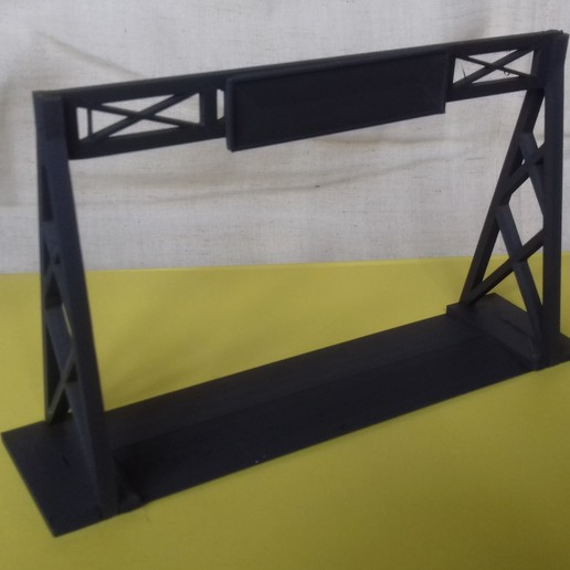 20180828_163316.jpg Download free STL file Gaslands Simple Gantry Gate • 3D printer model, Wrecker