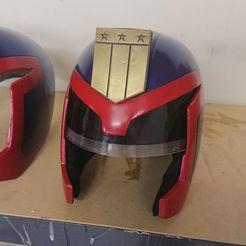 Download STL file Judge Dredd Helmet 1995 • 3D printing object, stevespropshop