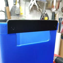 Download free STL files Recycling bin replacement handle, Hobb3s