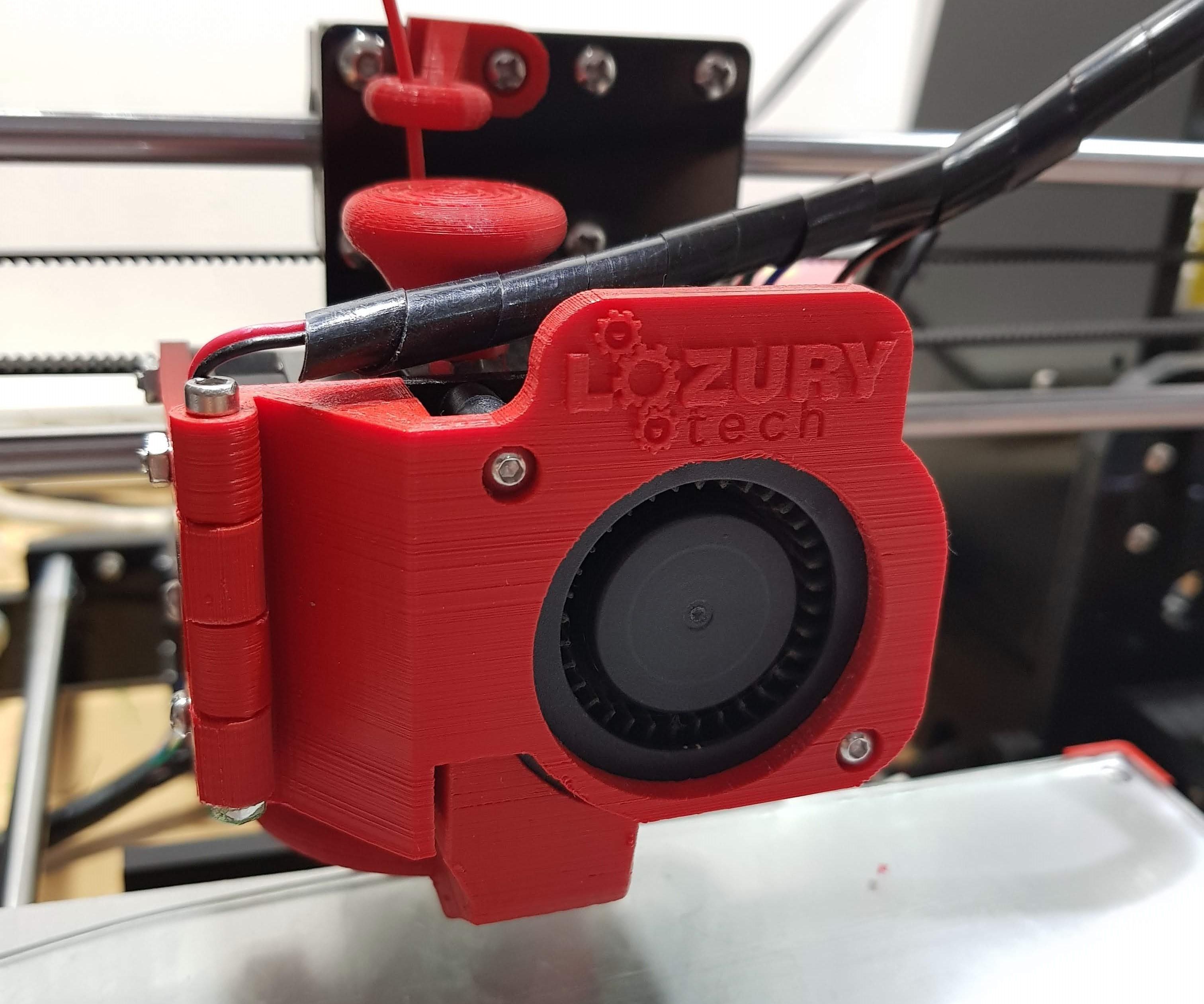 20180530_233231.jpg Télécharger fichier STL gratuit Modification du ventilateur de l'extrudeuse Anet A8 (porte) • Plan pour impression 3D, LozuryTech