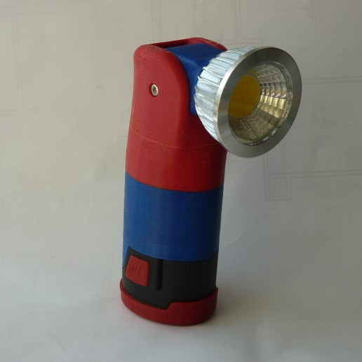 P1220485.JPG Download free STL file Parkside 12V flashlight with adjustable head • 3D printing design, ksuszka