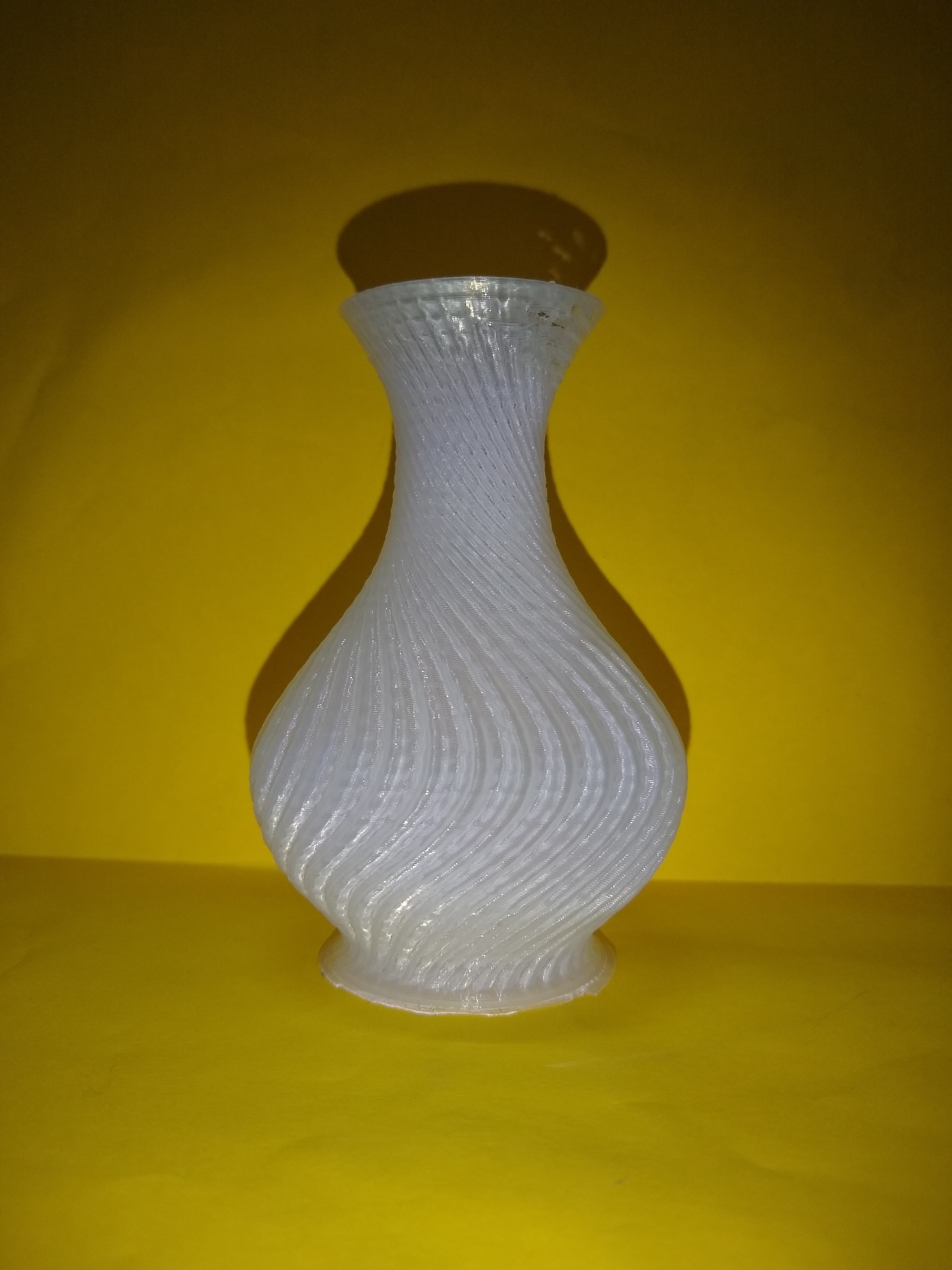 IMG_20181201_191144084.jpg Download free STL file Vase • Object to 3D print, montuparmar1