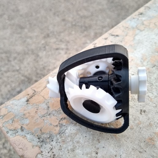IMG_20200627_191945358_HDR.jpg Download free STL file Epicyclic Bevel Gear Toy • 3D printer design, montuparmar1