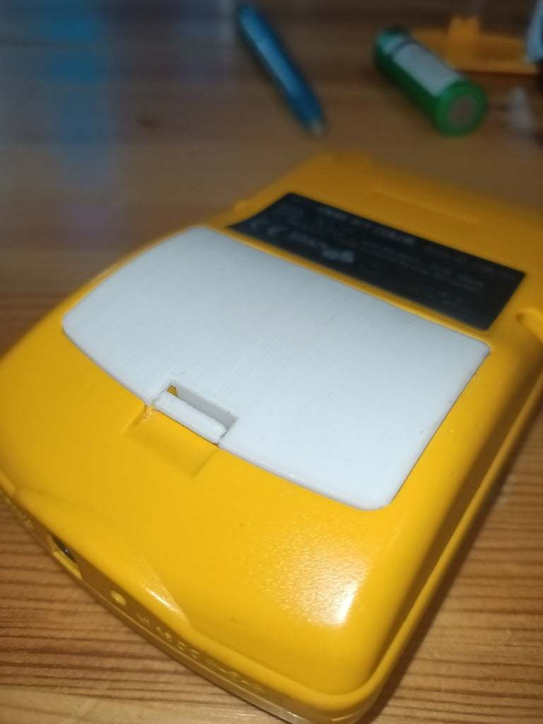 IMG20200813144309.jpg Download free STL file Battery cover Gameboy color • 3D printer model, Lyryln
