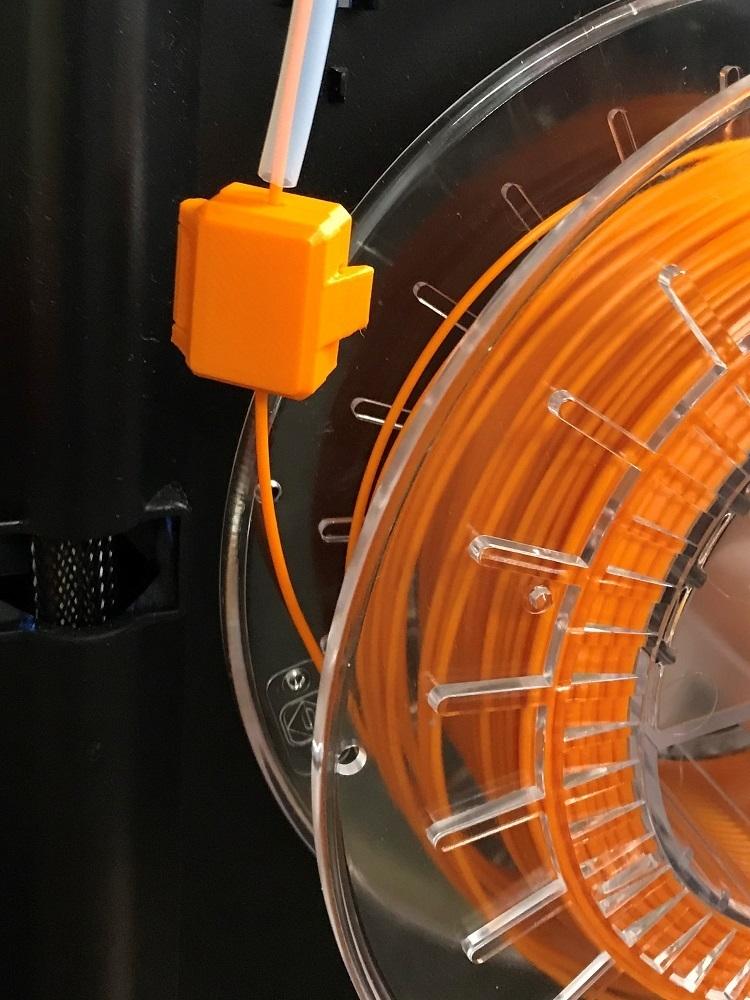 Filament_Filter2.JPG Download free 3MF file Snap-On Filament Filter/Cleaner for 1.75mm Filament • 3D print object, marklandsaat
