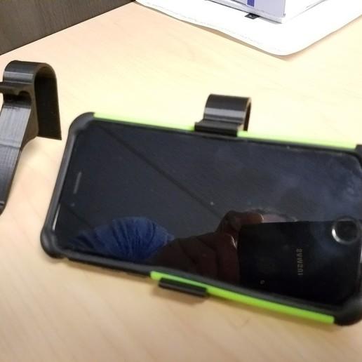 Télécharger fichier STL gratuit Détenteur d'un iPhone d'avion, wickedmonkey3d