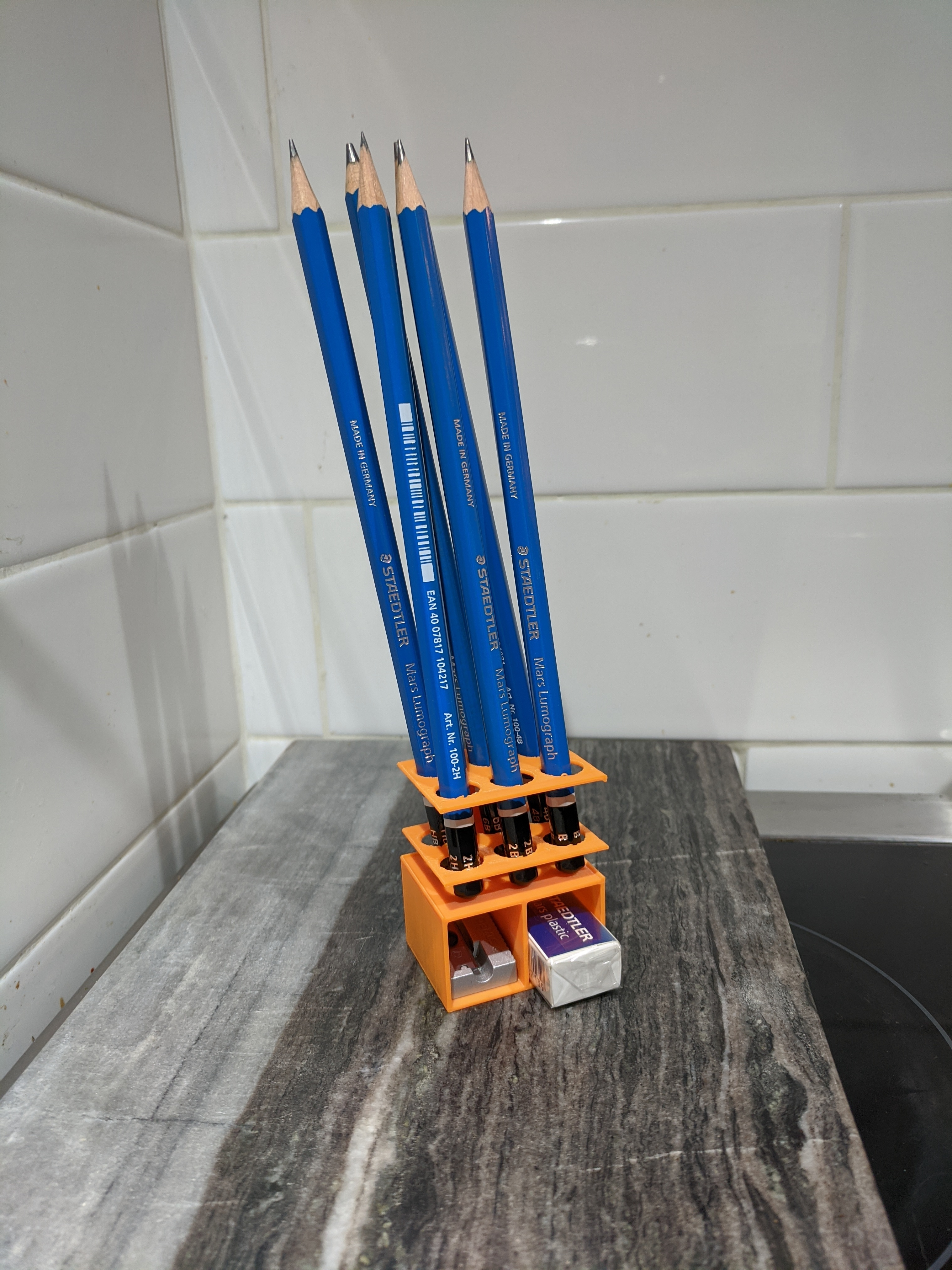 IMG_20200302_225241_1.jpg Download free STL file Pencil Holder With Storage • 3D printing model, jhaig101