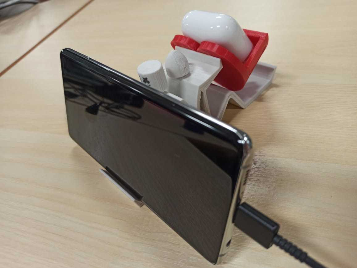 Charging.jpeg Download free STL file Mobile Phone Stand & Airpods Heart Box • 3D printer model, mennaelfrash55