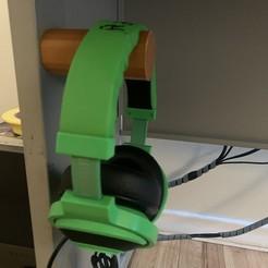 IMG-4344.jpg Télécharger fichier STL gratuit Porte-casque magnétique • Modèle pour impression 3D, ooggieboogie
