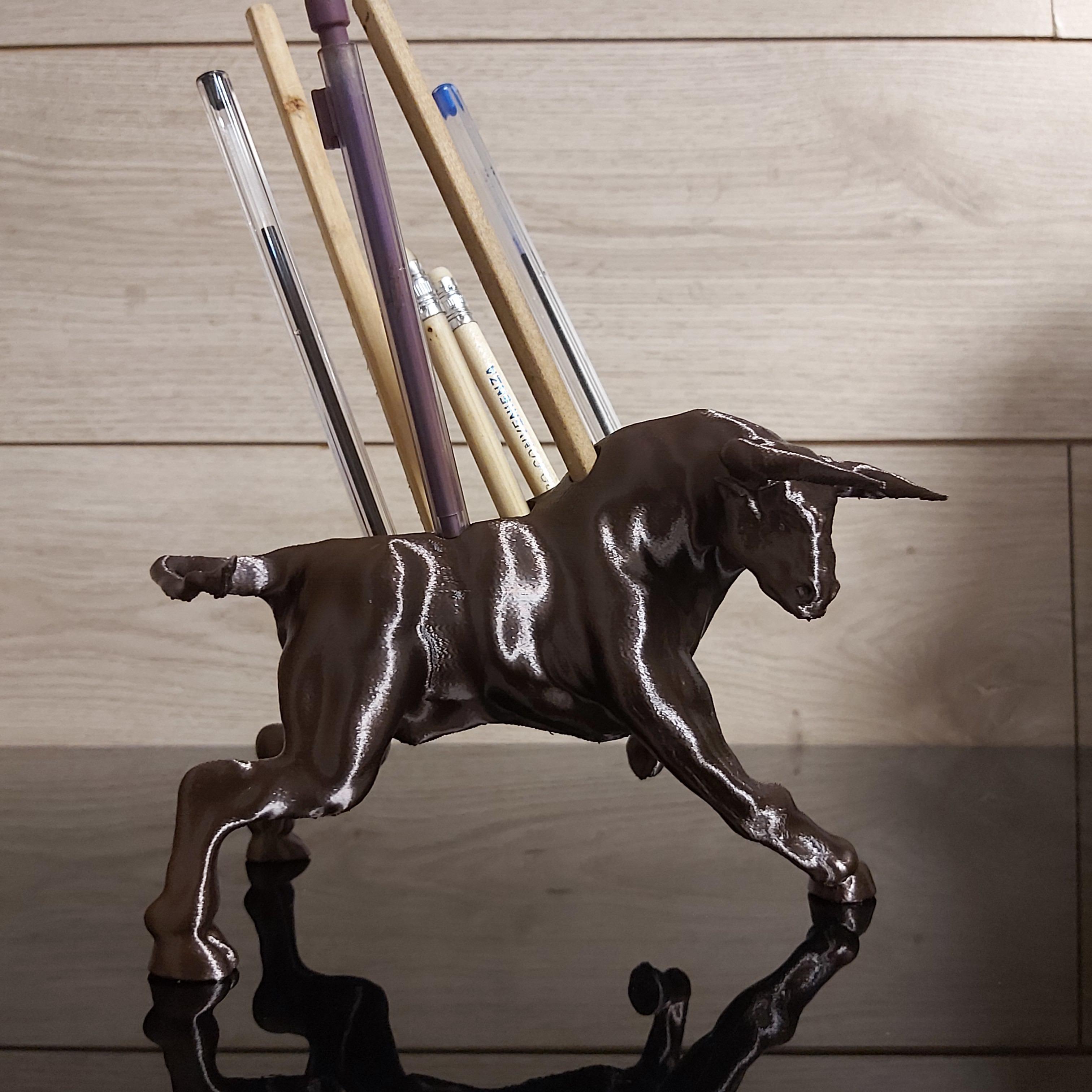 Download STL file Angry bull sculpture • 3D printing design, avvsirica