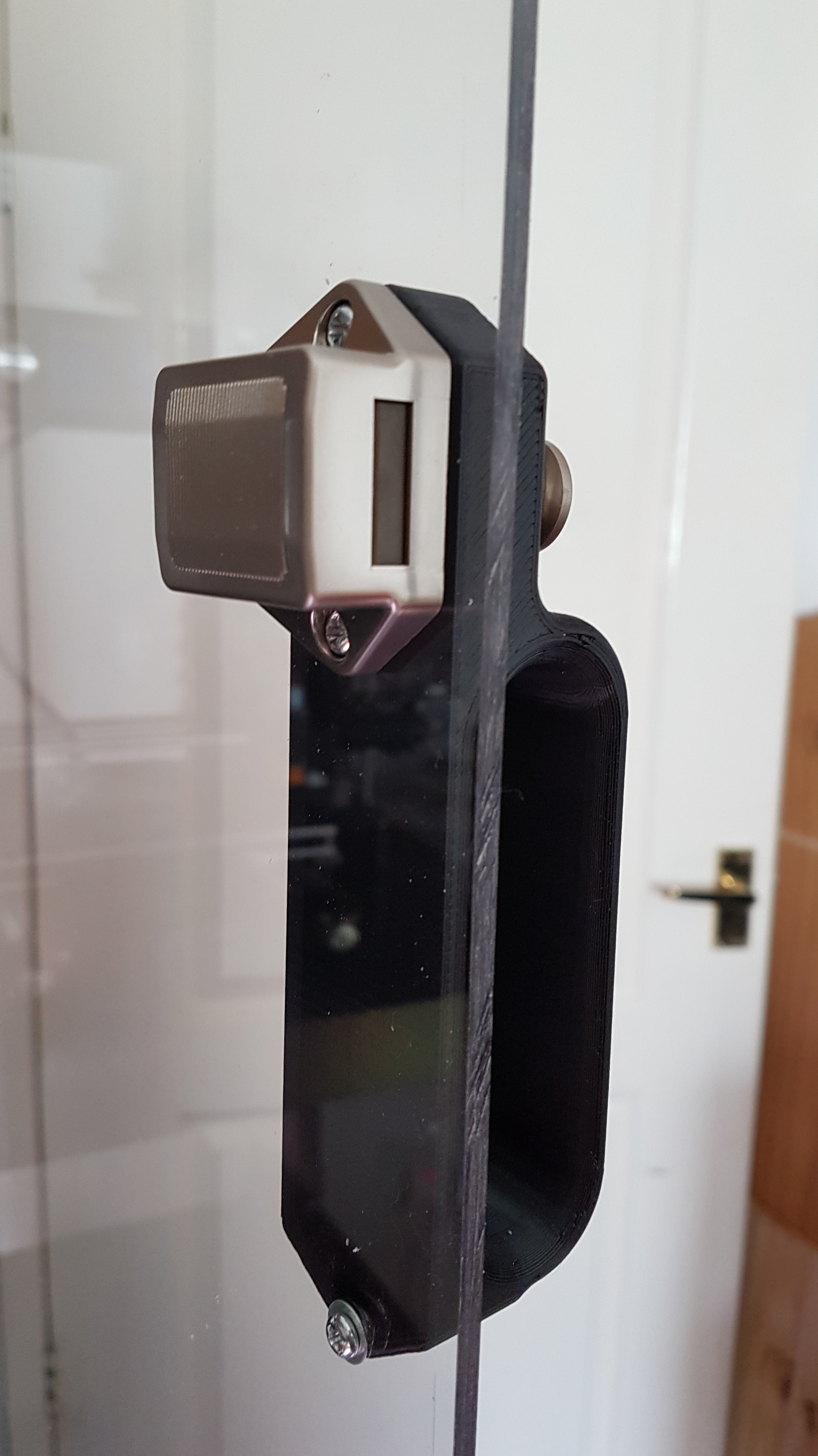 20180809_095115.jpg Download free STL file IKEA Lack Door handle and latch mount • 3D printer template, gnattycole