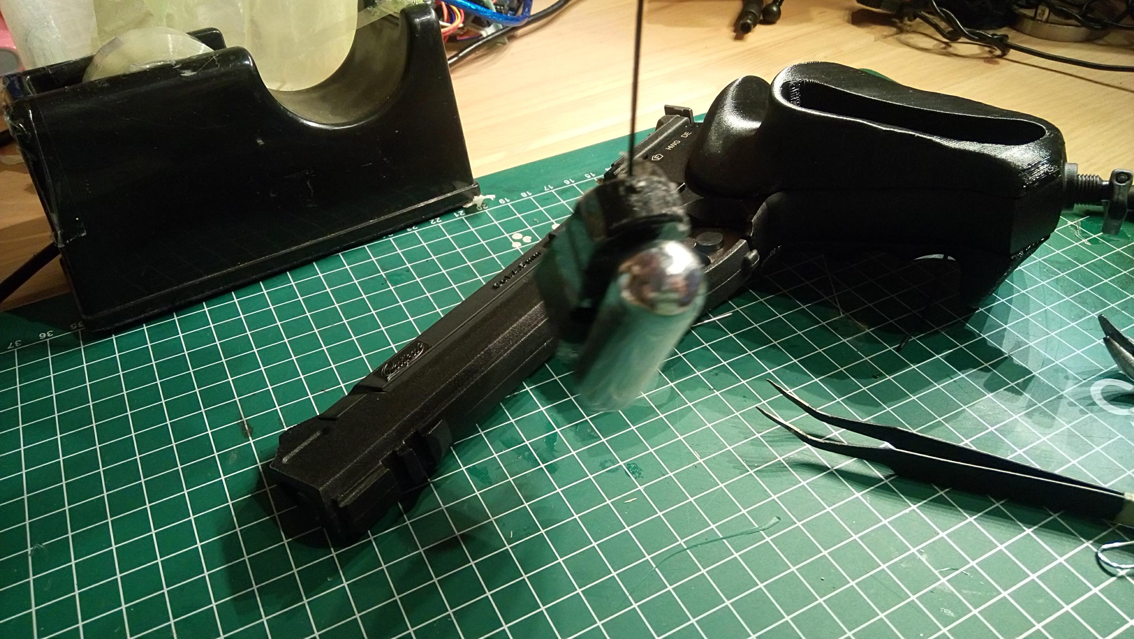 180218-DSC_0231.JPG Télécharger fichier STL gratuit Bouchon magnétique Baikal MP-651K pour poignée ergonomique • Plan pour imprimante 3D, Milan_Gajic