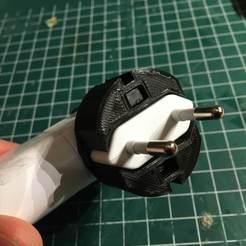 Télécharger modèle 3D gratuit Adaptateur Schuko (ikea) Stabilisateur de chargeur USB, Milan_Gajic