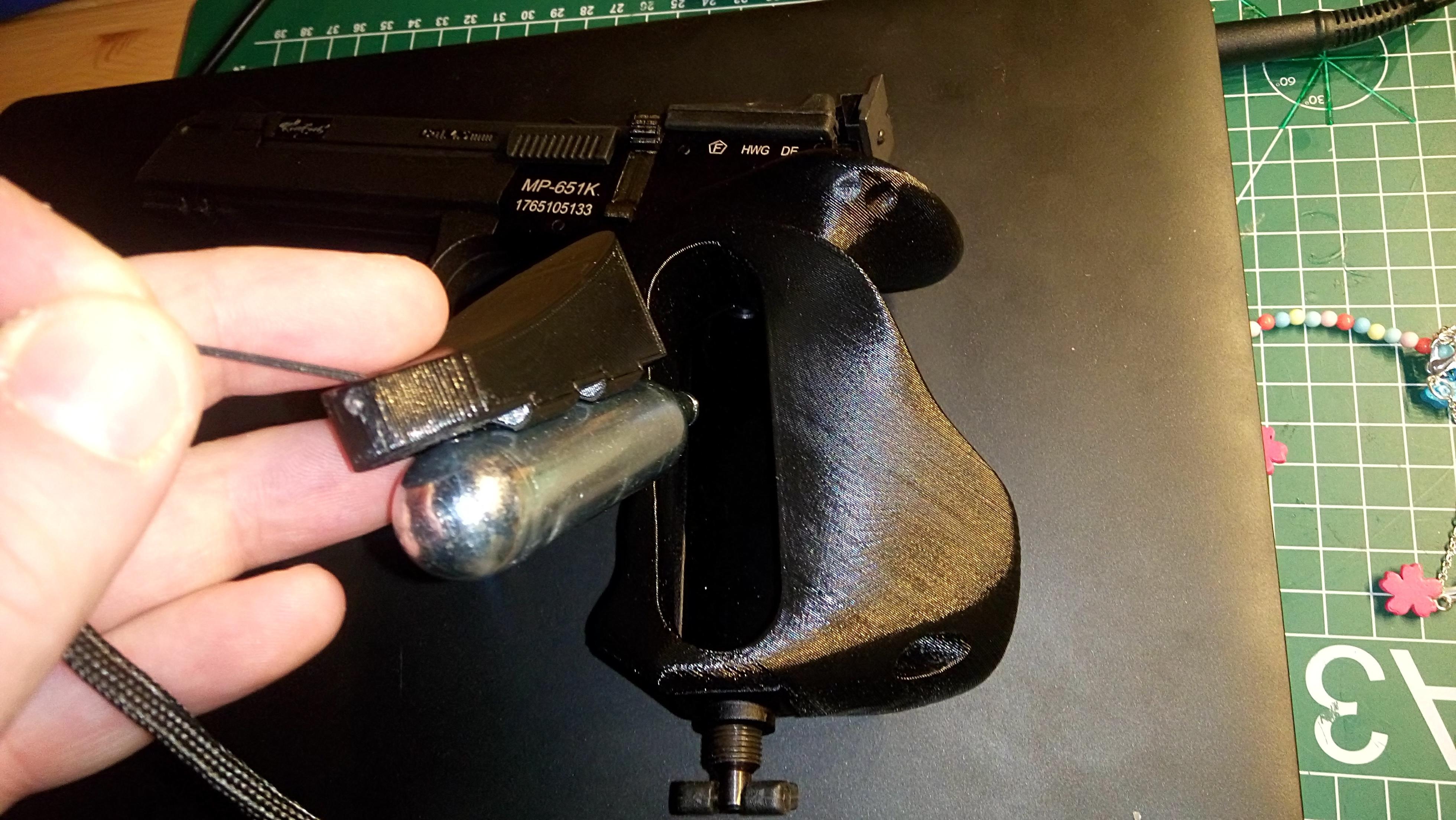 180218-DSC_0234.JPG Télécharger fichier STL gratuit Bouchon magnétique Baikal MP-651K pour poignée ergonomique • Plan pour imprimante 3D, Milan_Gajic