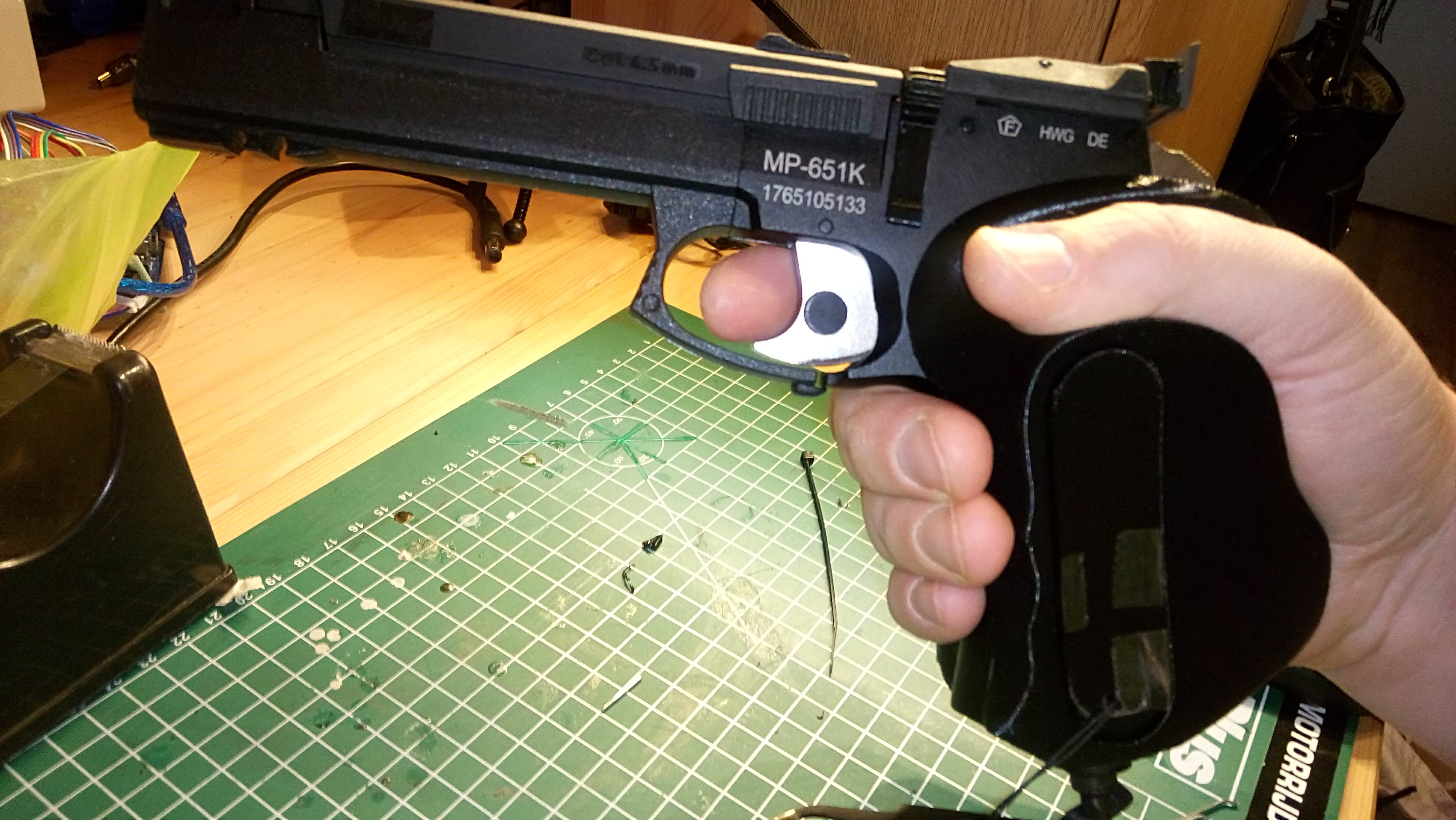 180218-DSC_0232.JPG Télécharger fichier STL gratuit Bouchon magnétique Baikal MP-651K pour poignée ergonomique • Plan pour imprimante 3D, Milan_Gajic