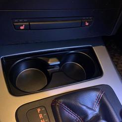 WhatsApp Image 2020-06-10 at 21.18.13 (1).jpeg Download STL file Cup Holder BMW E90/91/92/93 • Model to 3D print, suciudenis