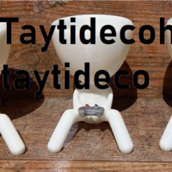 taytideco-robert-conJoystick.png Download STL file Robert Plant with PS play station joystick • 3D print model, tayti3dprint