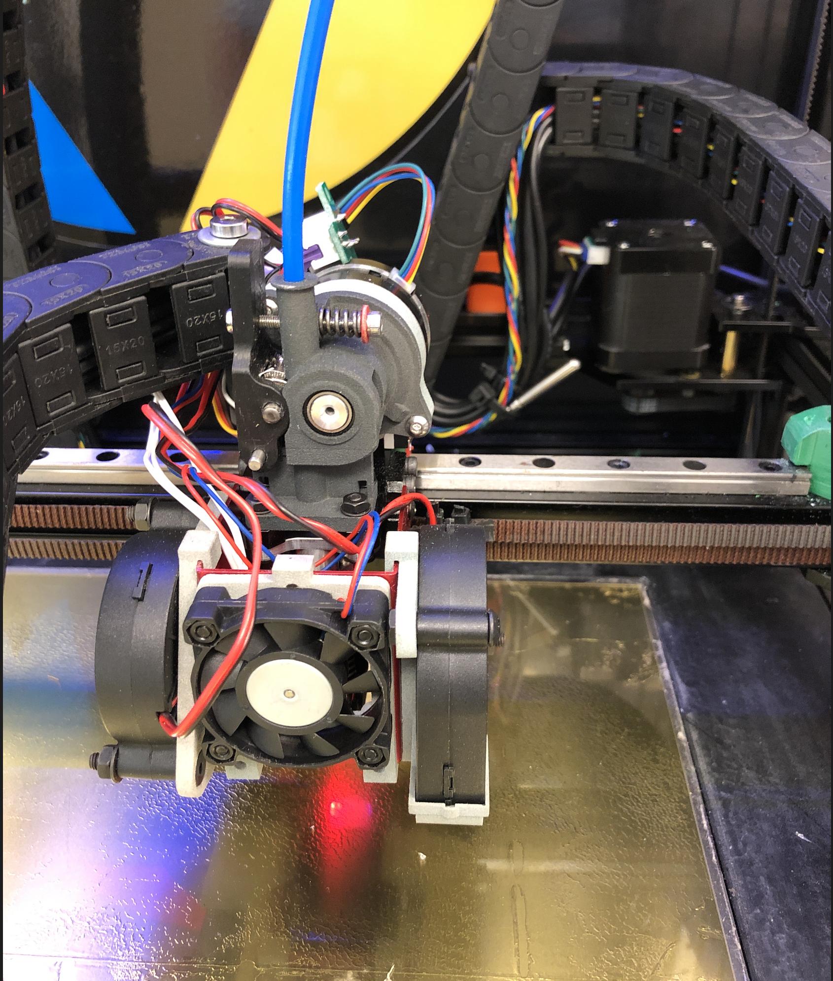 CloseInFrontView.png Télécharger fichier STL gratuit Formbot Troodon Orbiter Direct Drive Extruder (DDE) Part 1/2 • Design pour impression 3D, ja11en