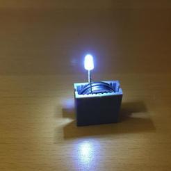 Télécharger plan imprimante 3D gatuit Porte-piles, NJD13