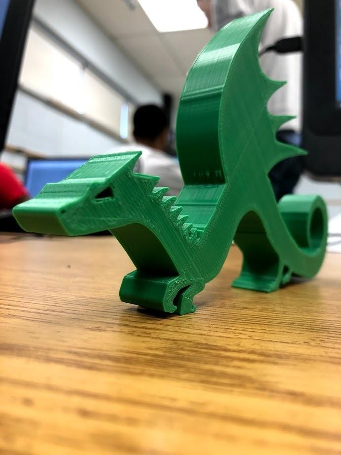 IMG_0114.jpg Télécharger fichier STL gratuit Stand de dragon • Objet imprimable en 3D, ElijahCole11
