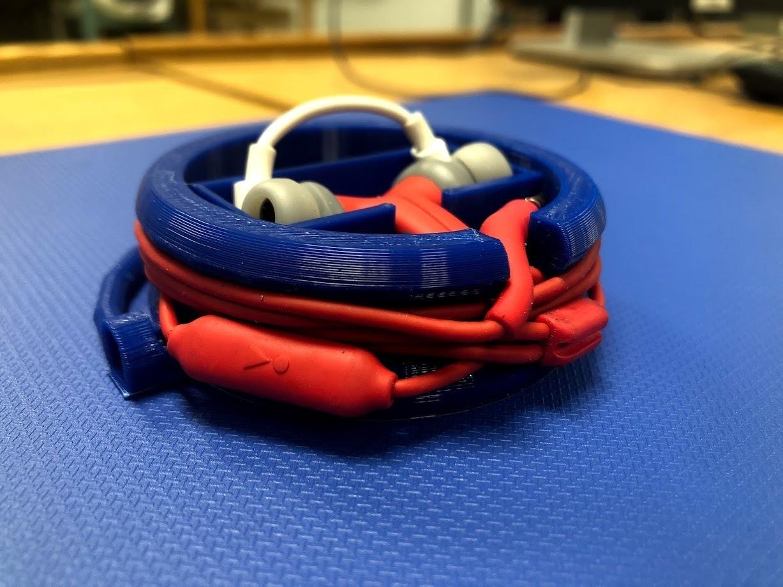 IMG_2143.jpg Download free STL file EarBud Concept Lock Case • 3D printable design, ElijahCole11