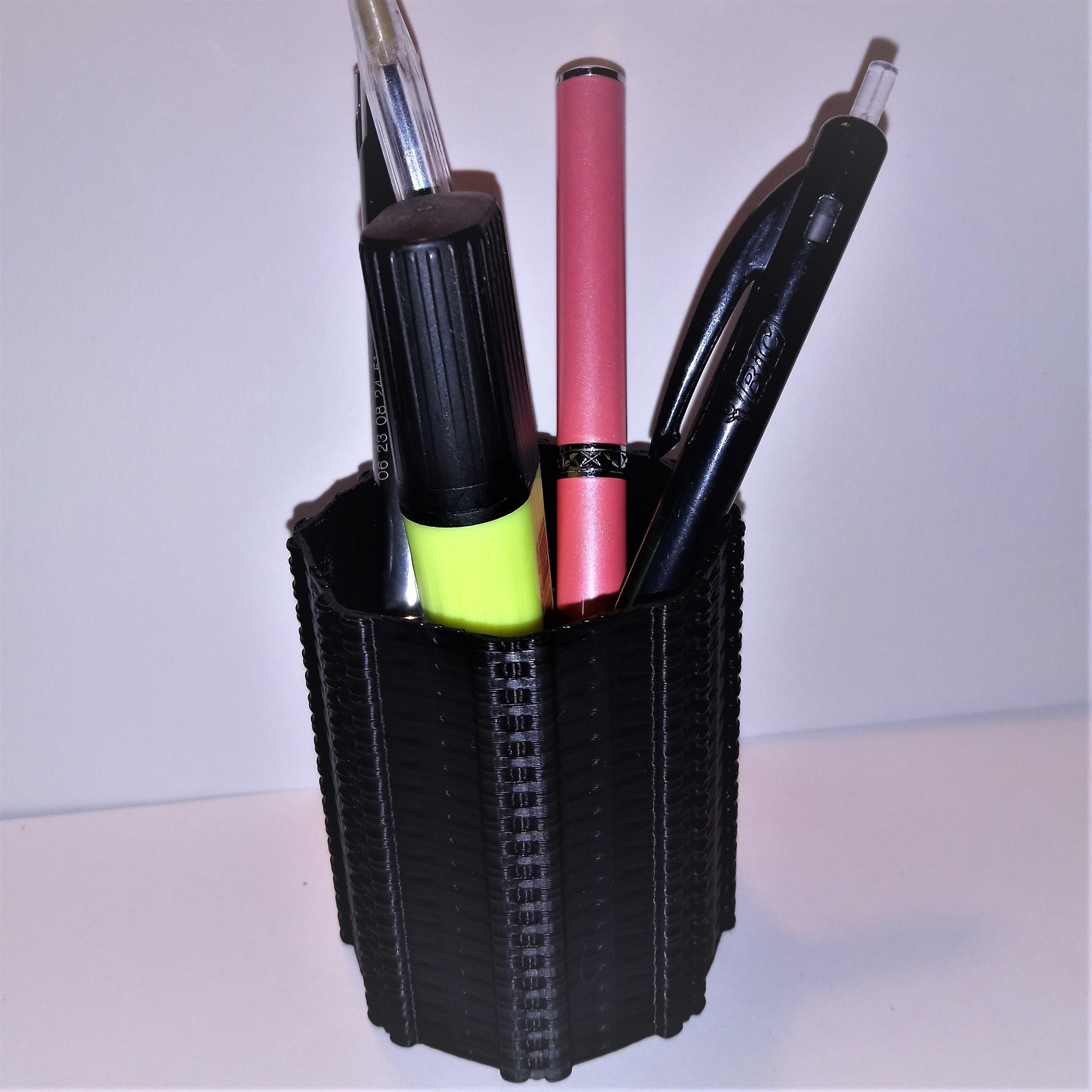 pots à crayons2.JPG Télécharger fichier STL gratuit Pot à crayons deco inspiration biomécanique alien giger • Modèle pour impression 3D, hicksadder