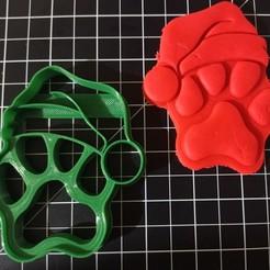 IMG_20201008_192549.jpg Download STL file Paw Santa Cookie Cutter • 3D printable design, cesarlua92