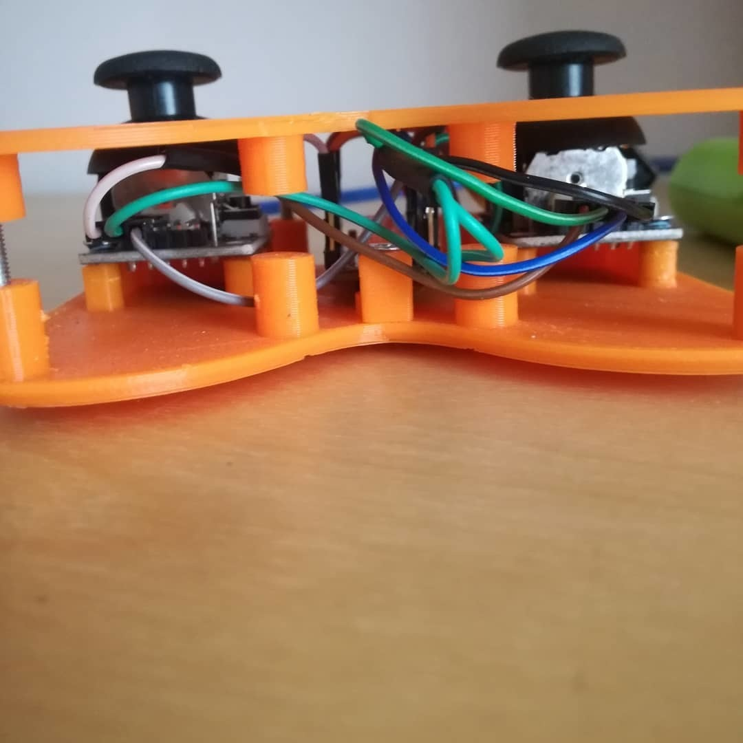 IMG_20190706_130546_419.jpg Download free STL file CARduino (1:18 arduino based RC car) • Template to 3D print, EnginEli