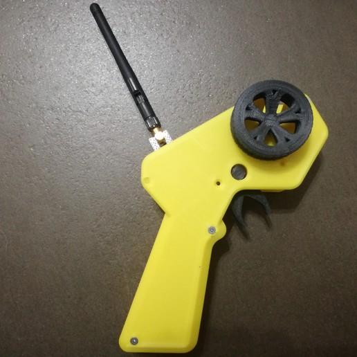IMG_20190922_192953.jpg Télécharger fichier STL gratuit Contrôleur CARduino : Émetteur radio de voiture rc basé à Arduino • Plan pour impression 3D, EnginEli