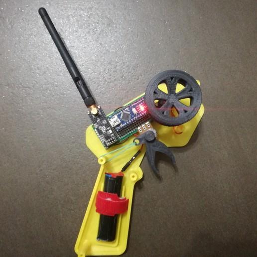 IMG_20191007_115430.jpg Télécharger fichier STL gratuit Contrôleur CARduino : Émetteur radio de voiture rc basé à Arduino • Plan pour impression 3D, EnginEli